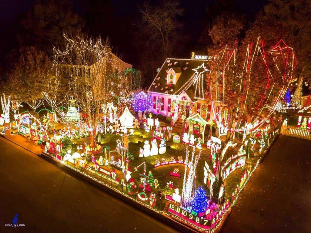 Christmas Light Fight.Glen Allen Home Takes 50 000 Top Prize On Abc S Great